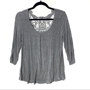 Eyeshadow 3/4 Sleeve Lace Back Loose fit Blouse